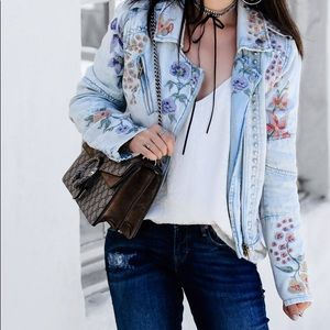 Blank NYC NWT floral embroidered denim jacket